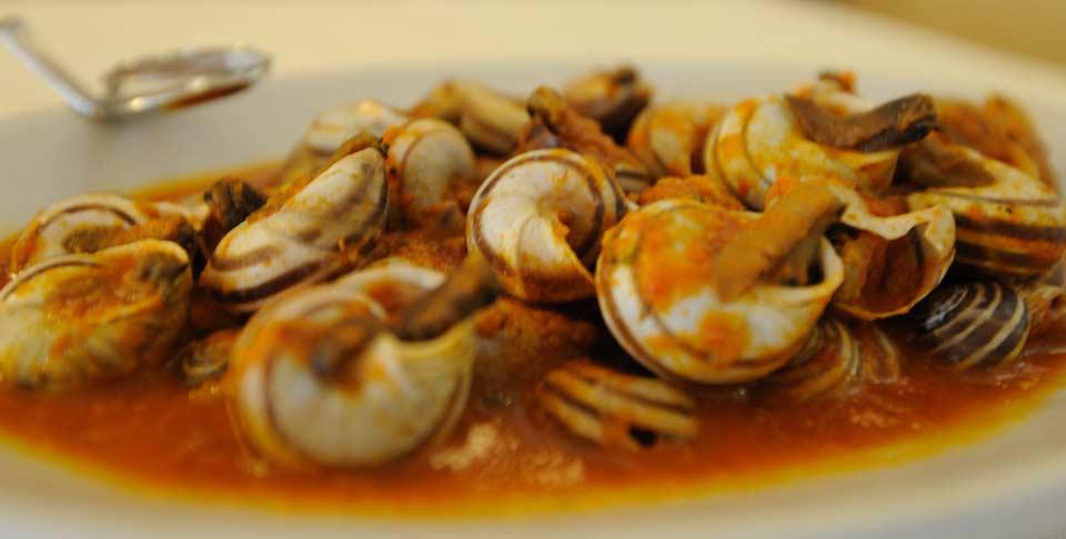 Lumache in cucina trattoria morganatrattoria morgana for Carne tipica romana